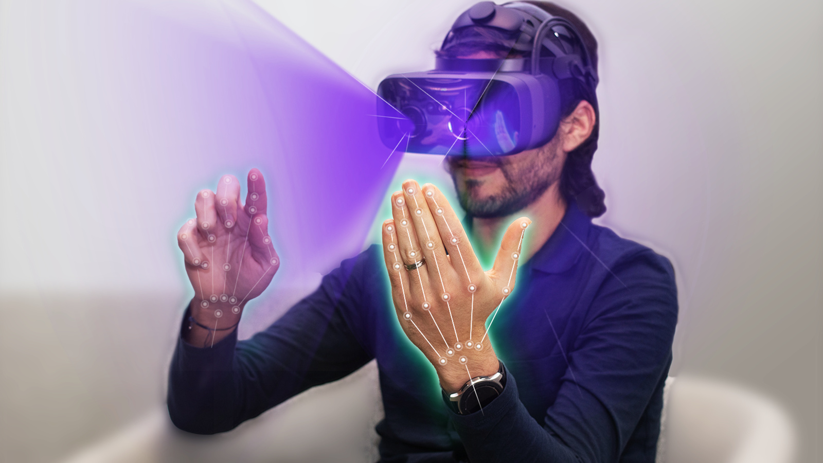 Hand tracking technology in virtual reality